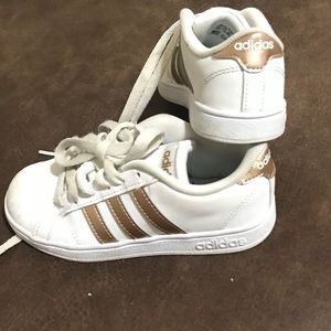 Adidas champagne color